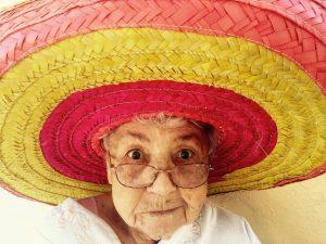 old woman, hat, woman-1082322.jpg